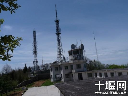 佛泉山卫星发射台内景.jpg