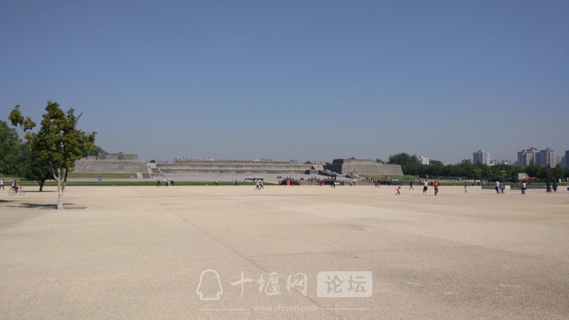 这里是传说中的大唐帝国的大朝正殿