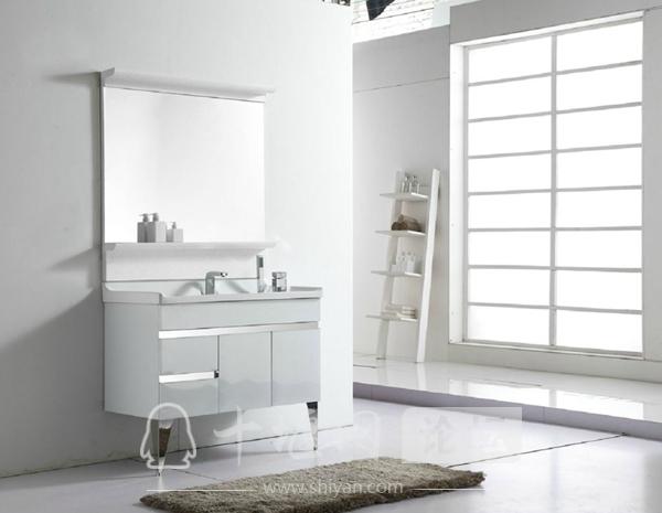 整体浴室柜选购要点.jpg