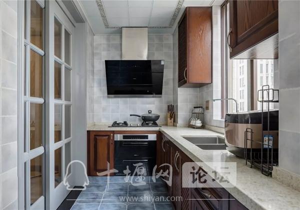 120平现代美式风三居室装修效果图3.jpg