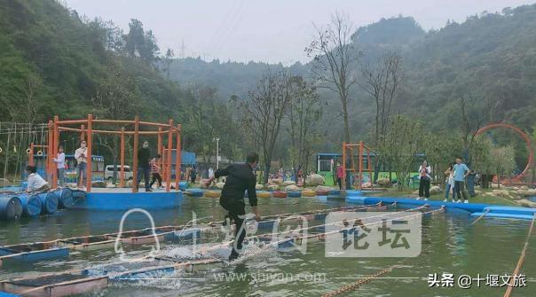 武当山景区:文旅融合为节庆助兴 多元业态为市场添彩-6.jpg