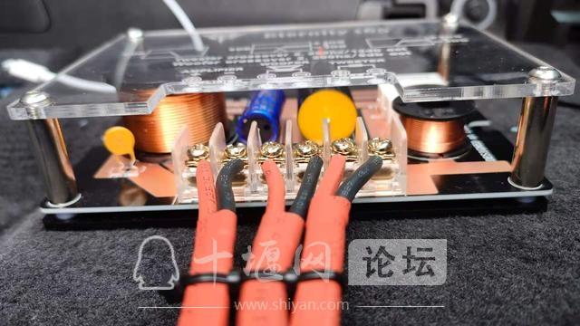 十堰改装,十堰凯迪拉克XT5音响改装,十堰汽车改装,-10.jpg