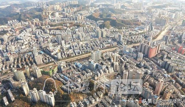 十堰老城VS发展新区,眼前的繁华与未来,到底应该怎么选?-1.jpg