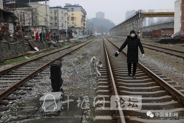 """陶德斌:疫情""""常""""镜头-5.jpg"""