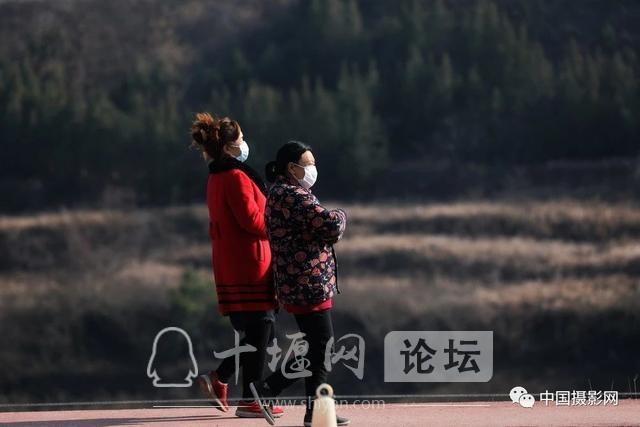 """陶德斌:疫情""""常""""镜头-14.jpg"""
