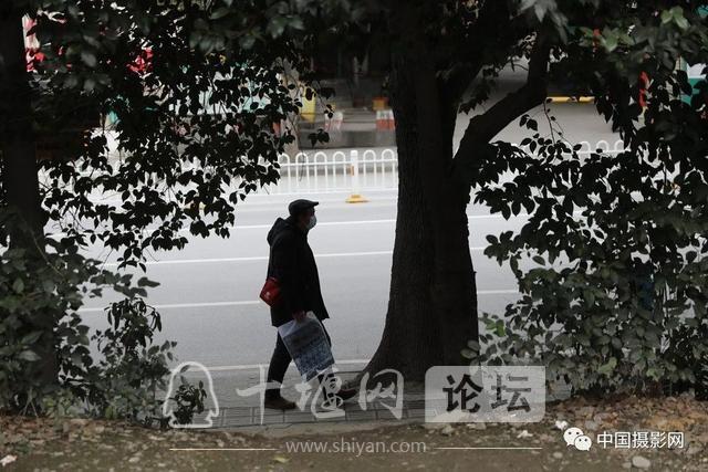 """陶德斌:疫情""""常""""镜头-27.jpg"""