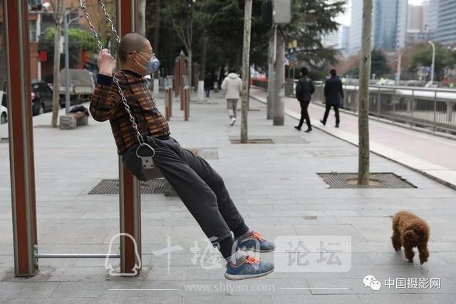 """陶德斌:疫情""""常""""镜头-28.jpg"""