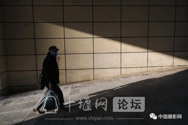 """陶德斌:疫情""""常""""镜头-34.jpg"""