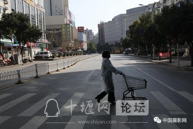 """陶德斌:疫情""""常""""镜头-48.jpg"""