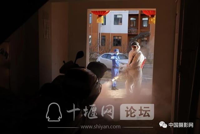 """陶德斌:疫情""""常""""镜头-57.jpg"""