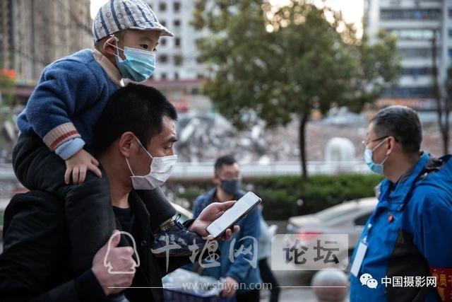 """陶德斌:疫情""""常""""镜头-117.jpg"""