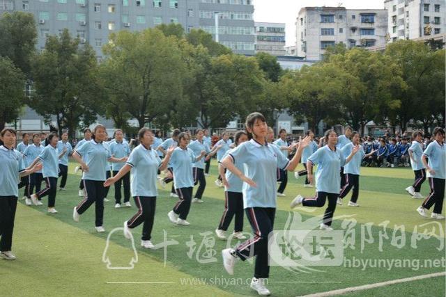 郧阳科技学校举办校园舞蹈比赛-3.jpg