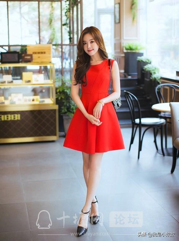 分享时尚,脸颊漂亮,身穿红色裙子的小姐姐,真的太漂亮了-5.jpg