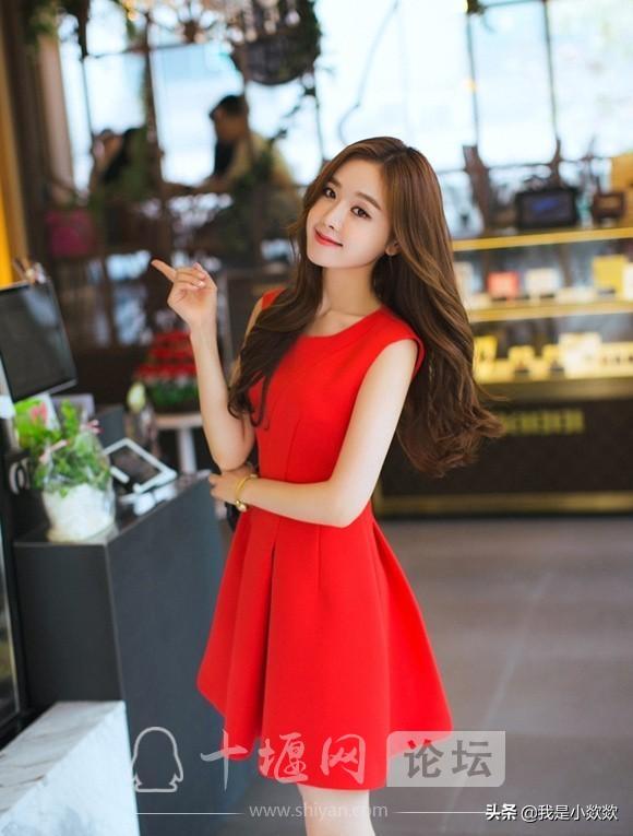 分享时尚,脸颊漂亮,身穿红色裙子的小姐姐,真的太漂亮了-1.jpg
