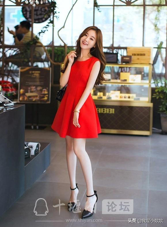 分享时尚,脸颊漂亮,身穿红色裙子的小姐姐,真的太漂亮了-7.jpg