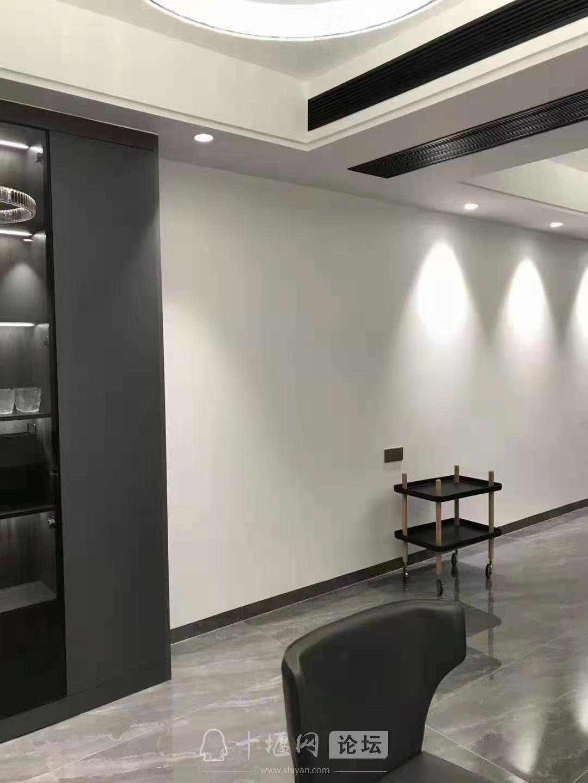 【吉诚装饰】112平现代黑白灰完工实景照片