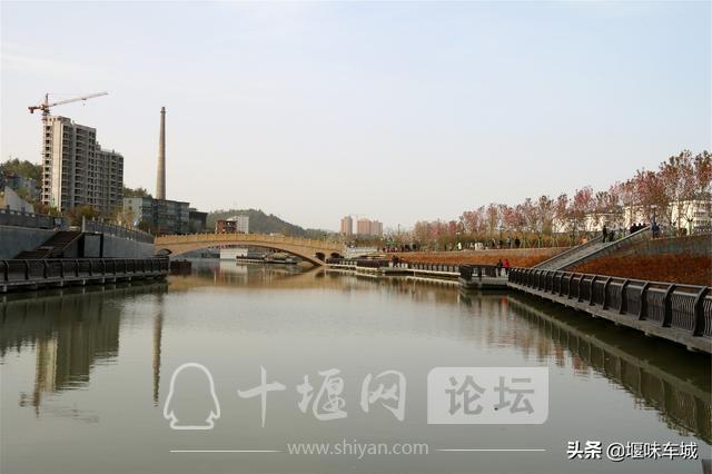 十堰百二河生态修复工程河畔春光美,市民休闲亲水游玩更逍遥-9.jpg