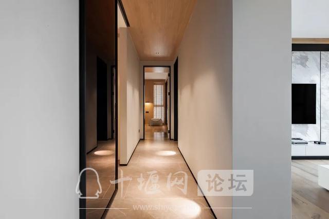 十堰装修180㎡现代简约,有温度的木色,满屋温馨气息-11.jpg