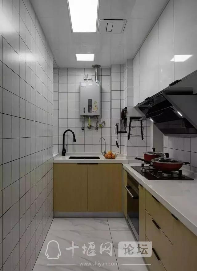 十堰新房装修案例,灰色系北欧三居室-4.jpg