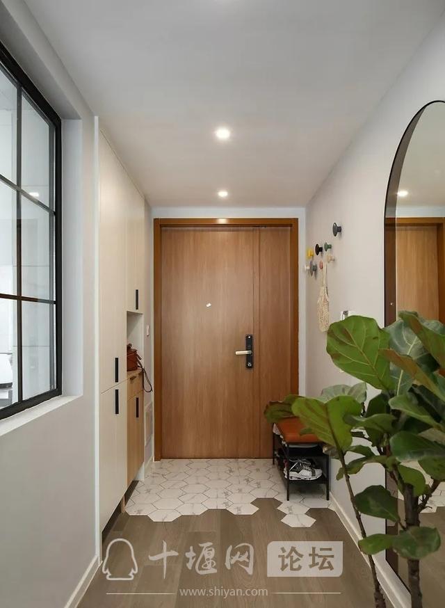 装修案例 140㎡三室两厅,这样的装修风格你爱了吗?-1.jpg