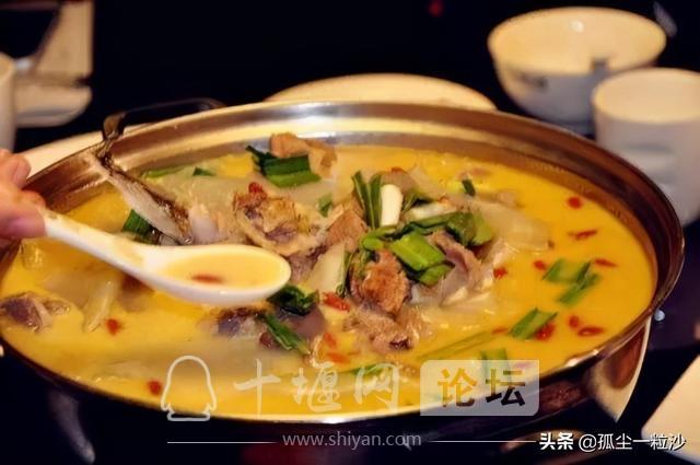 游上津古城,品十堰美食,这些地方美食值得你的品尝-5.jpg