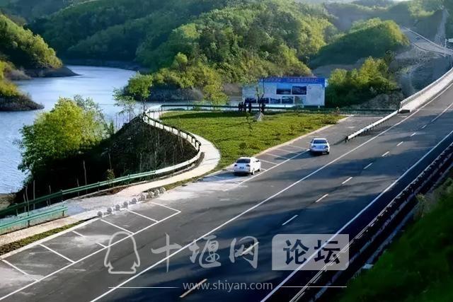 湖北建成最美环库公路,串联众多景区,可与挪威的天堂之路相媲美-6.jpg