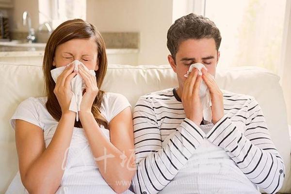 """一家人集体甲醛中毒,两种""""常见物""""甲醛已经超标了"""